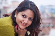 अभिनेत्री वर्षा सिवाकाेटी 'कालीपुरुष'मा अनुबन्धित